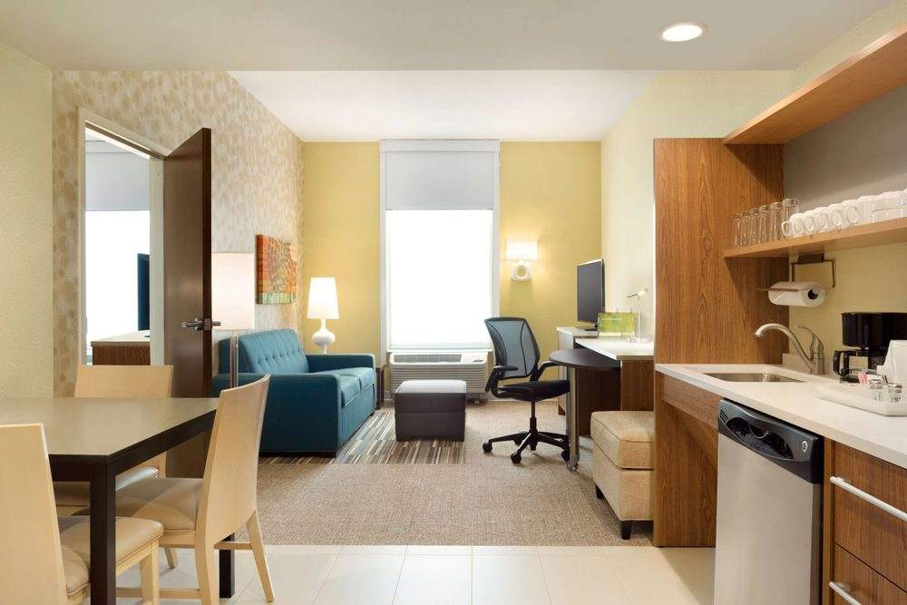 Home2 Suites by Hilton Middleburg Heights Cleveland: 7355 Engle Rd, Middleburg Heights, OH
