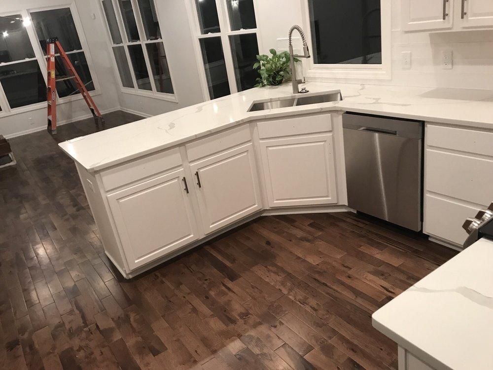 Home Granite & Cabinet Supply: 5610 S 85th Cir, Omaha, NE