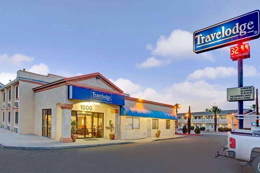 Travelodge by Wyndham Tucson AZ: 1000 South Freeway, Tucson, AZ
