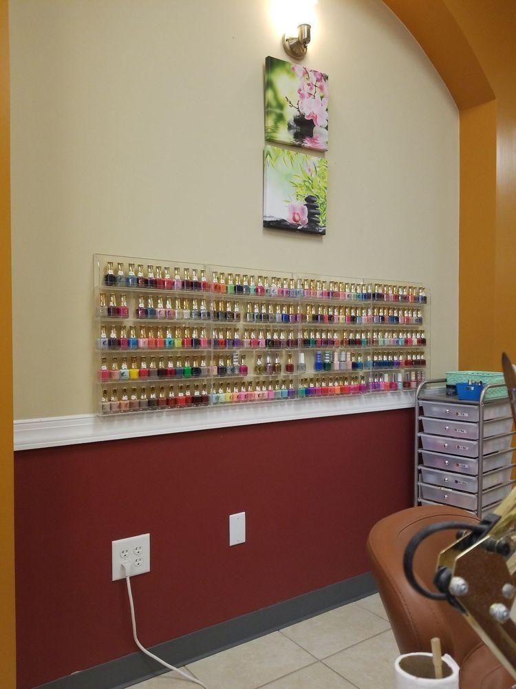 V Nails & Spa: 310 E Arlington Blvd, Greenville, NC