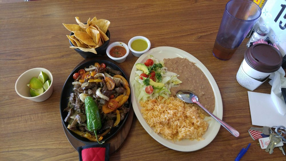 Joe's Mar y Mex Restaurant: 910 W Edinburg Ave, Elsa, TX
