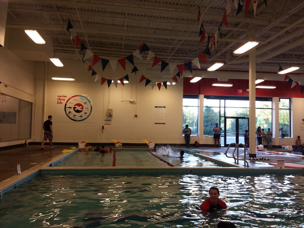 Tom Dolan Swim School: 22000 Dulles Retail Plz, Sterling, VA