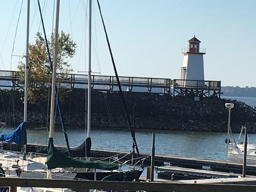 Lighthouse Landing Resort & Marina: 320 W Commerce Ave, Grand Rivers, KY