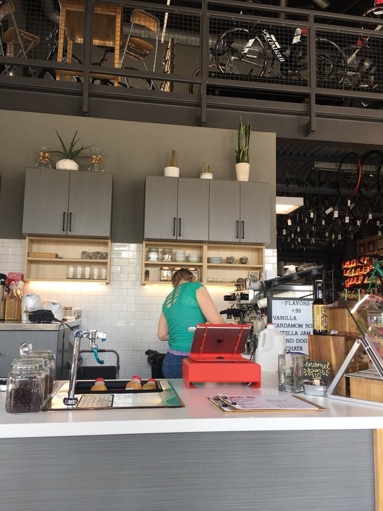 Coffee Hound: CH3: 915 E Washington St, Bloomington, IL