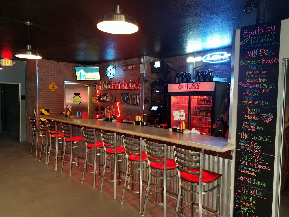 4 Play Sports Bar: South Main St, Winston, OR