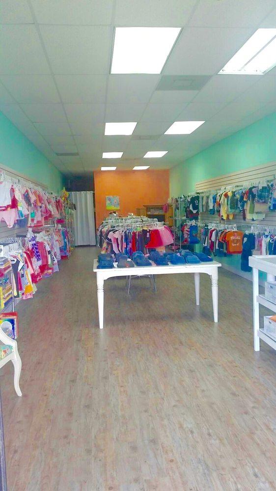 Olivia's World: 33947 US Highway 19 N, Palm Harbor, FL