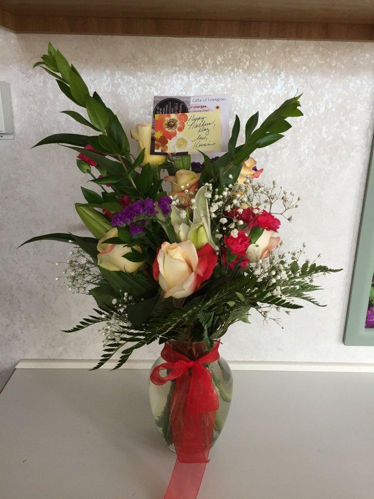 A Thyme To Blossom: 5612 Main St, Lexington, MI