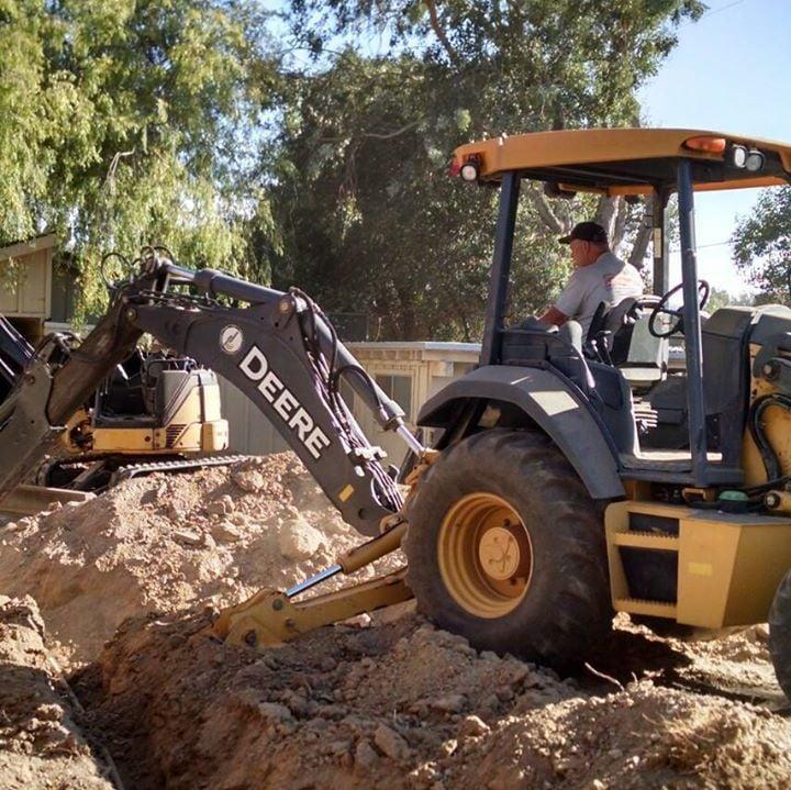 Sims Backhoe Service: Arroyo Grande, CA