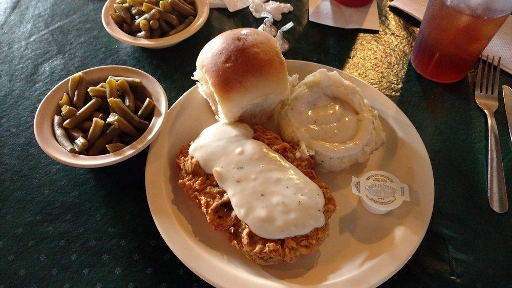 Ozark Cafe: 208 Public Sq, Berryville, AR