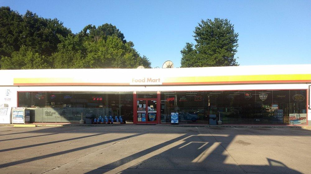 Shell: 705 N Main St, Rocky Top, TN