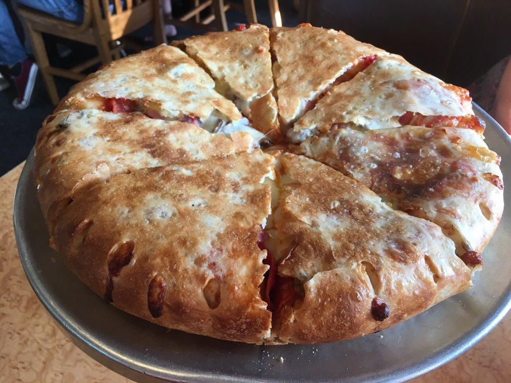 Jailhouse Pizza: 125 Main St, Brandenburg, KY