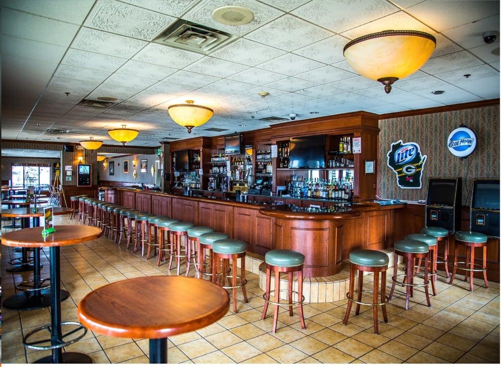 Grand Avenue Tavern: 451 E Grand Ave, Wisconsin Rapids, WI