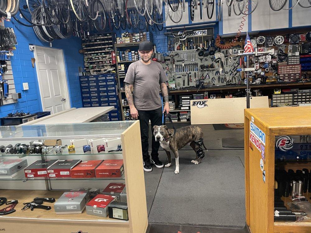 Social Spots from Santa Cruz Bike Repair
