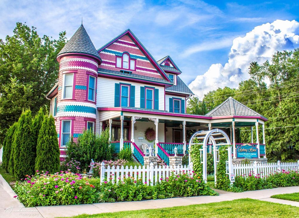 Rosberg House Bed & Breakfast: 103 E State St, Lindsborg, KS