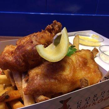 Gordon ramsay fish chips 511 photos 242 reviews for Gordon ramsay las vegas fish and chips