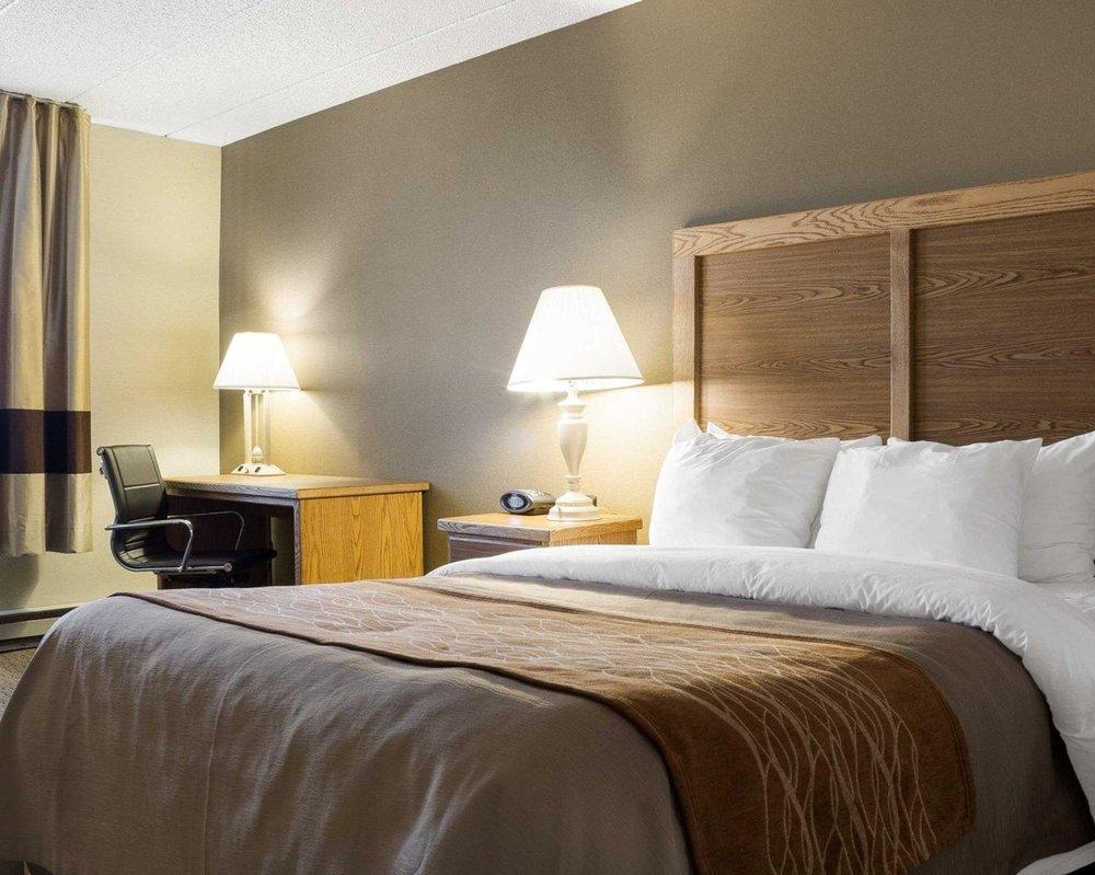 Quality Inn: 1030 E Interstate Ave, Bismarck, ND