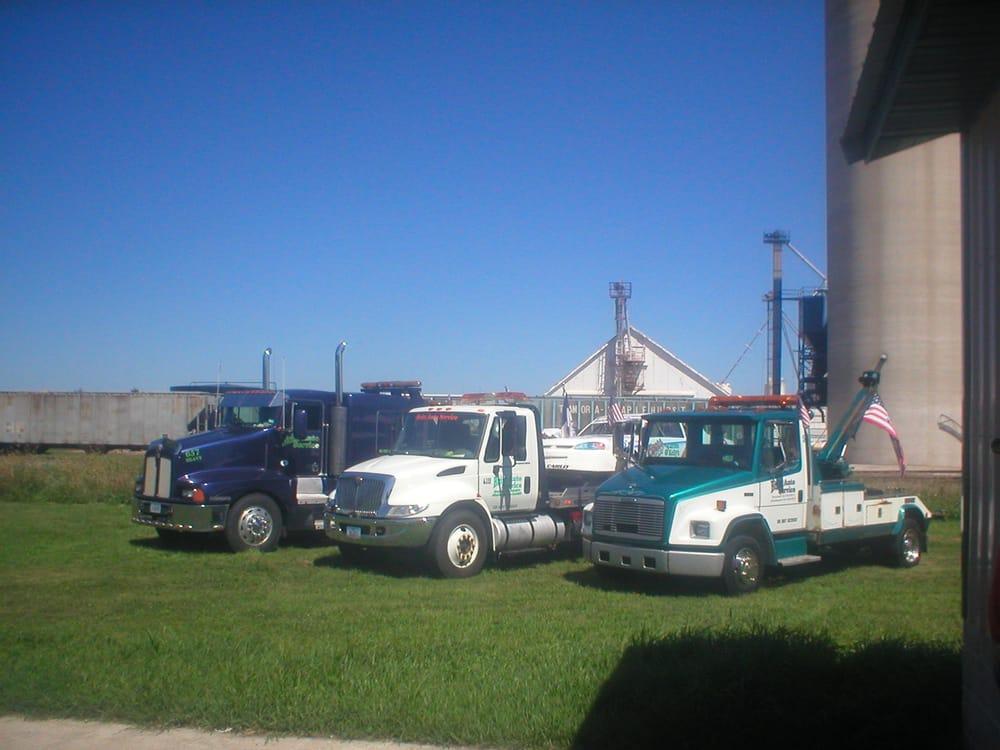 Britt Auto Service & Towing: 170 2nd St NE, Britt, IA