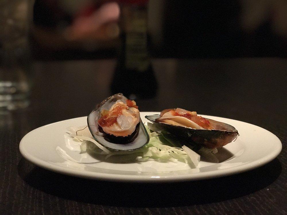 Züm Sushi: 159 Central Ave, Pacific Grove, CA