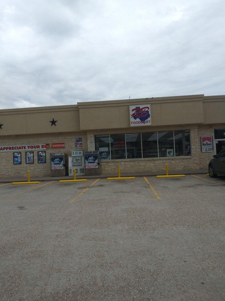 R B Food Mart: 801 S Main St, Calvert, TX