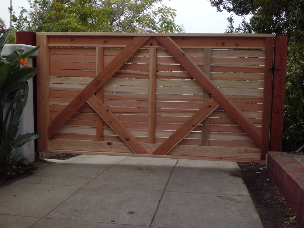 10 39 wide custom horizontal 1 x4 redwood single swinger for Single wooden driveway gates