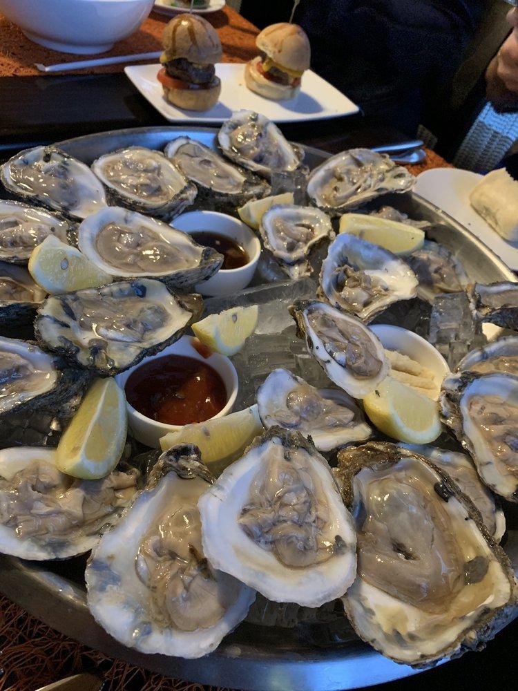 Sea Pearl Restaurant & Lounge: 8191 Strawberry Ln, Falls Church, VA