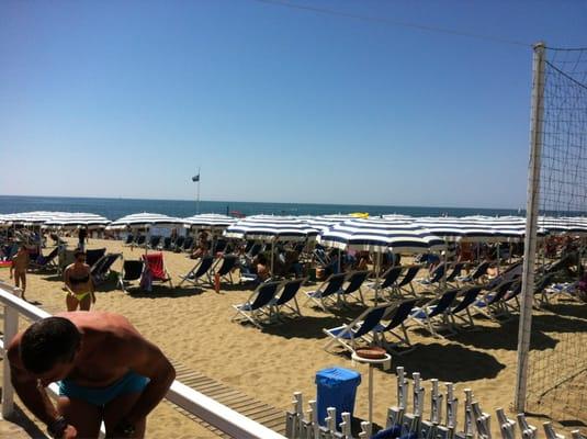 Bagno Arcobaleno - Spiagge/Stabilimenti balneari - Via Litoranea ...