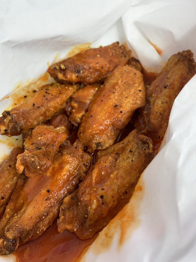 Wing In A Basket: 3580 N Decatur Rd, Scottdale, GA