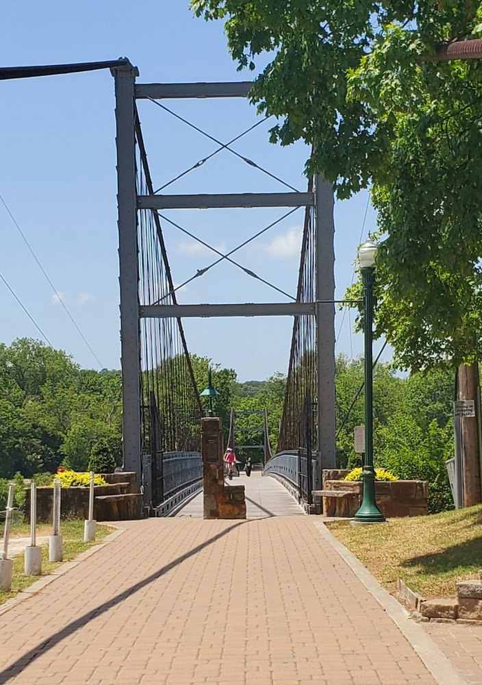 Joe Dice Swinging Bridge: 801 Kennedy Dr, Warsaw, MO