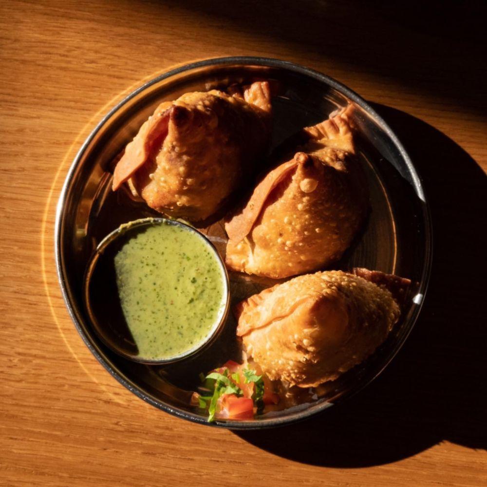 Shahi Indian Cuisine: 4624 State St, Saginaw, MI
