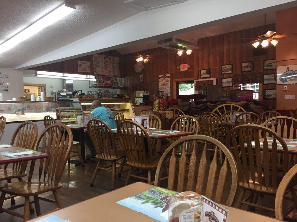 Flying W Farms: 2939 Northwestern Pike, Burlington, WV