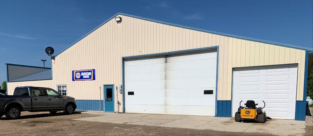 Kingston Auto: 71062 US Hwy 12, Dassel, MN