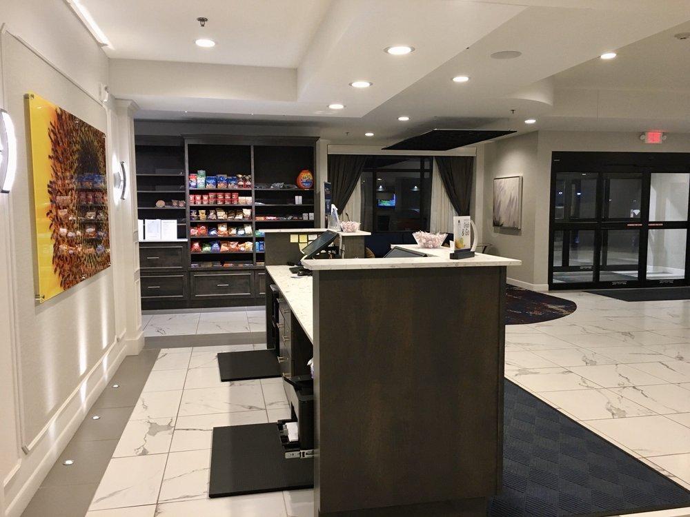 Best Western Plus New Richmond Inn & Suites: 240 Paperjack Dr, New Richmond, WI