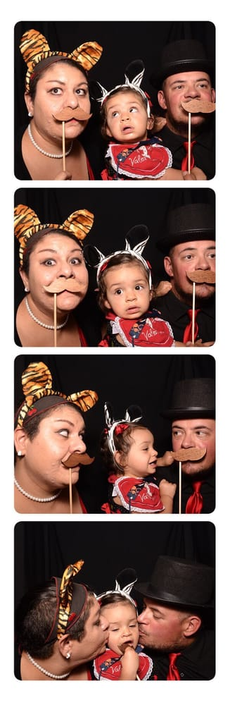Chipper Booth Photo Booth Rental