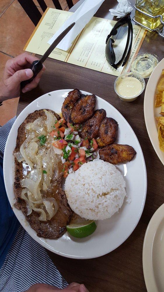 Macarena La Cafeteria: 13769 SW 139th Ct, Miami, FL