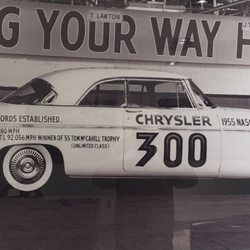 Crossroads ford chrysler jeep dodge service center auto for Ford motors service center