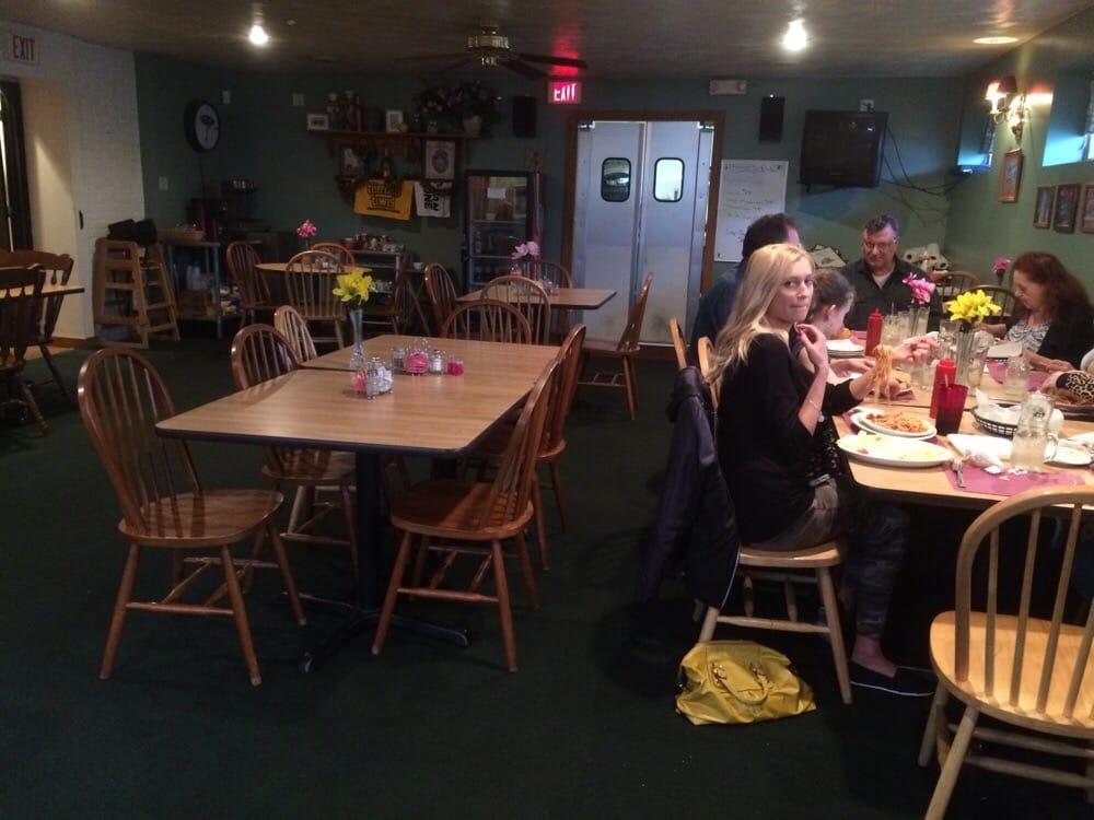 Baker's Pub: 464 Center Ave, Charleroi, PA