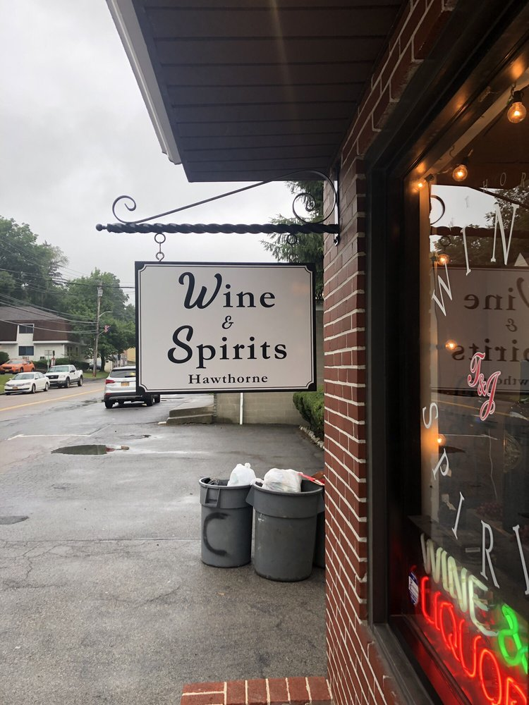 Hawthorne Wine & Spirits: 383 Elwood Ave, Hawthorne, NY