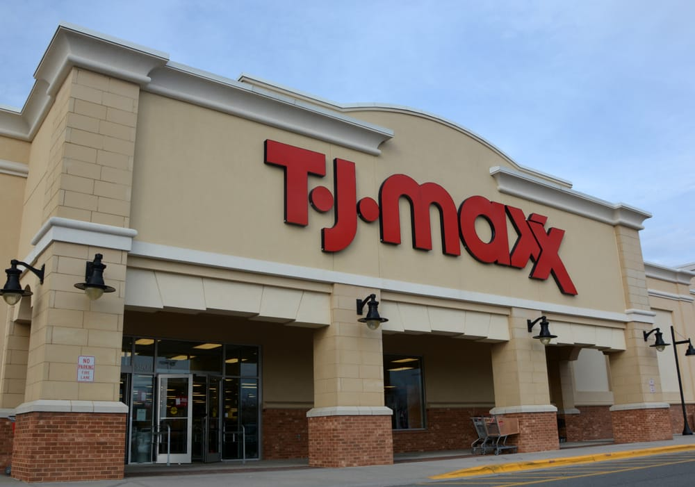 T J Maxx: 590 I River Hwy, Mooresville, NC