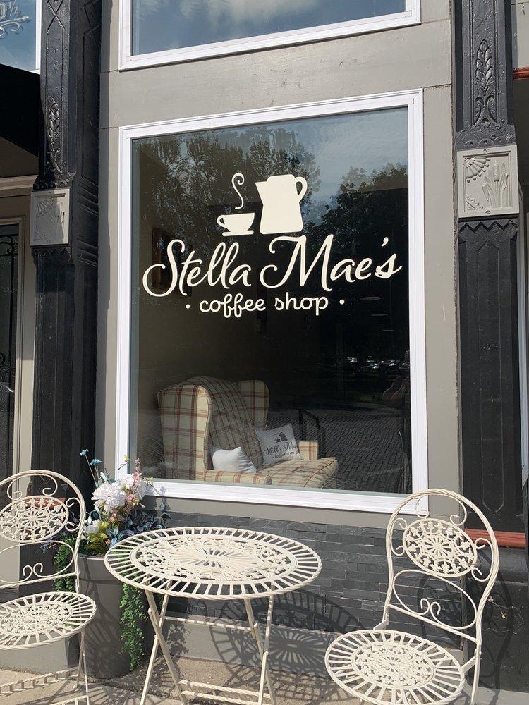 Stella Mae's Coffee Shop: 122 N Plum St, Havana, IL
