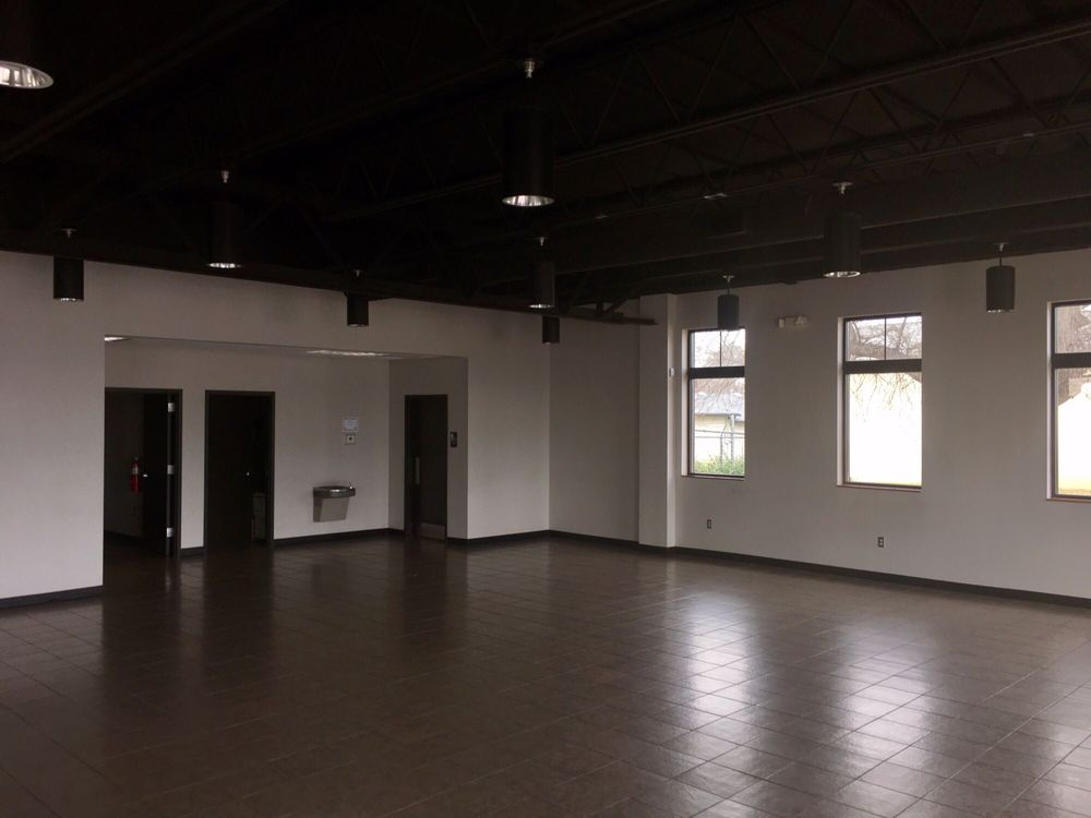 Ted Strickland Community Center: 130 Berry St, Stockbridge, GA