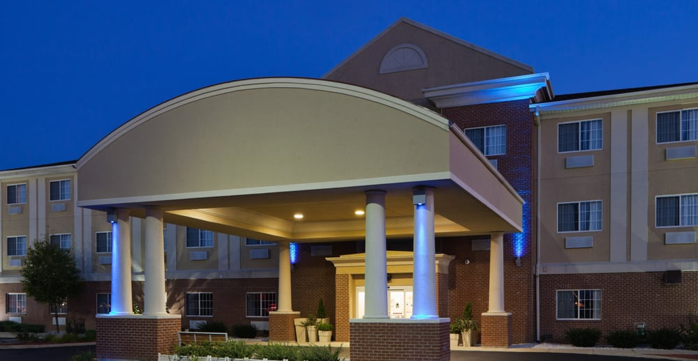 Holiday Inn Express & Suites Defiance: 1148 Hotel Dr, Defiance, OH