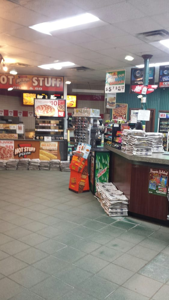 Interlochen EZ Mart: 9419 US Hwy 31, Grawn, MI