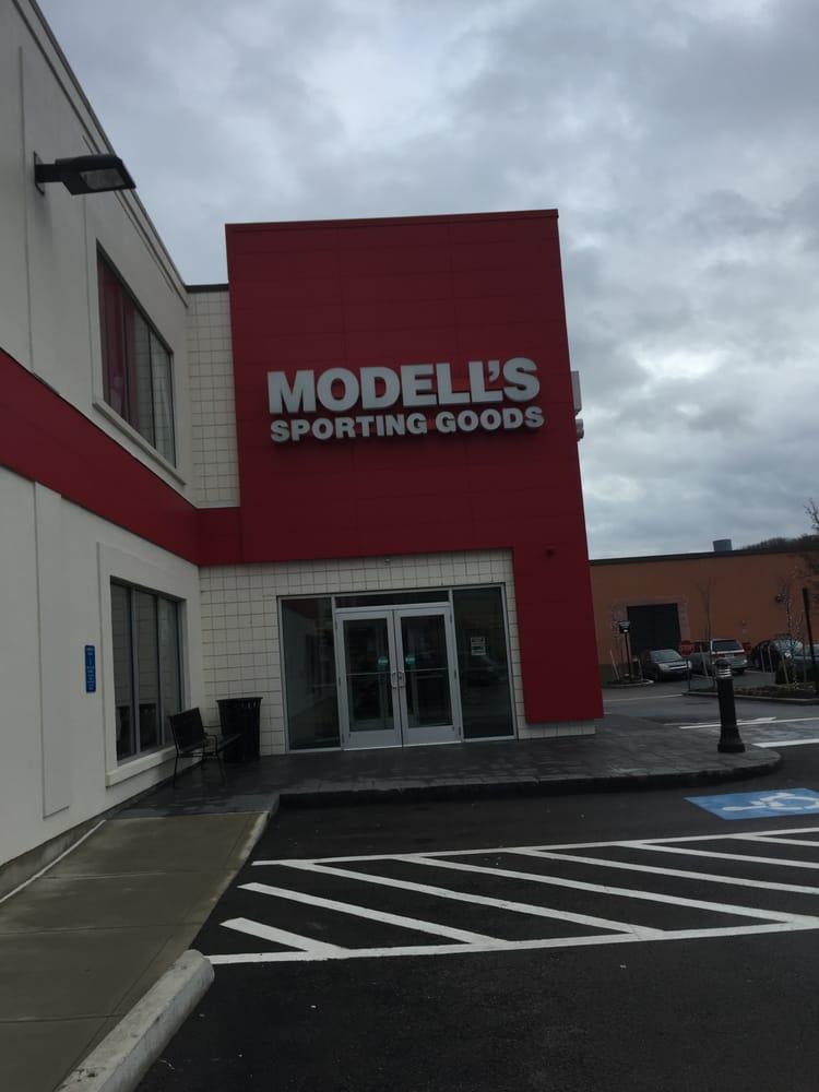 Modells: 188 Needham St, Newton, MA