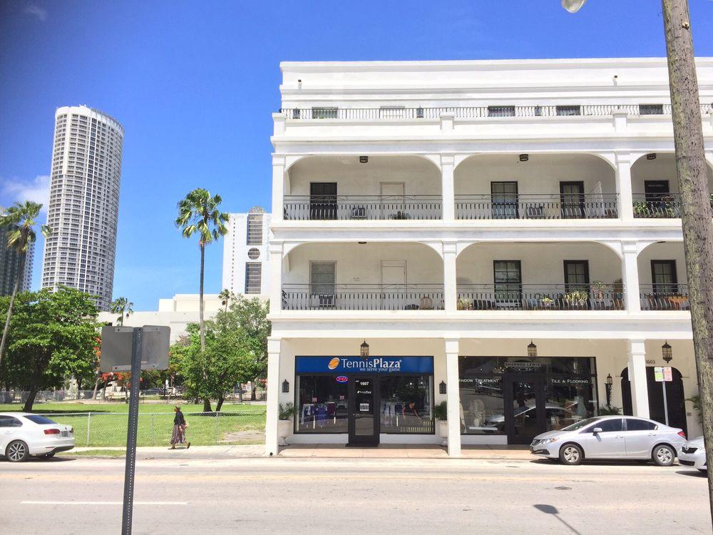 Tennis Plaza: 1607 NE 2nd Ave, Miami, FL