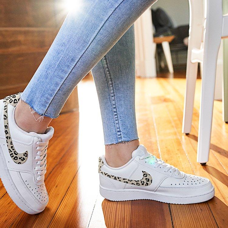 Famous Footwear Outlet: 210 N Gasser Rd, Baraboo, WI