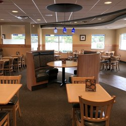 Photo Of Culver S Raymore Mo United States Dining Area