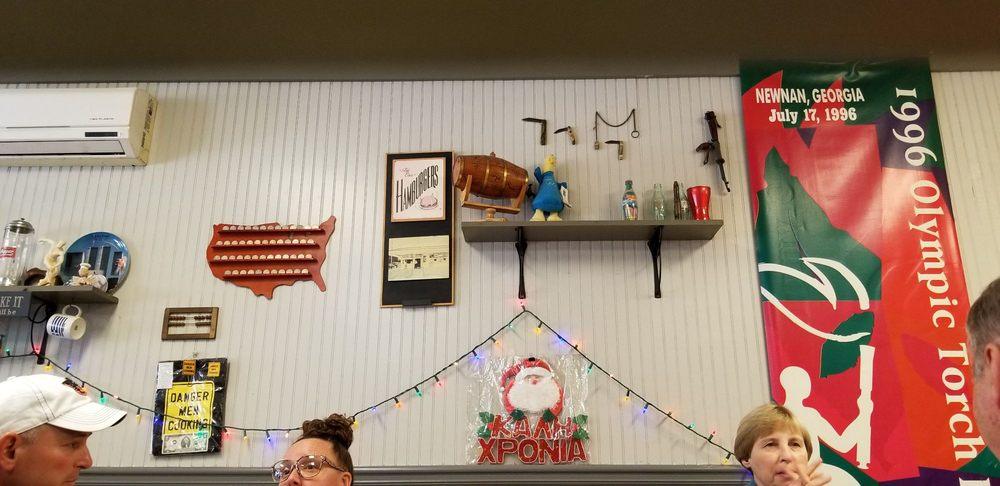 Gus's Grill: 110 Greenville St, Lagrange, GA