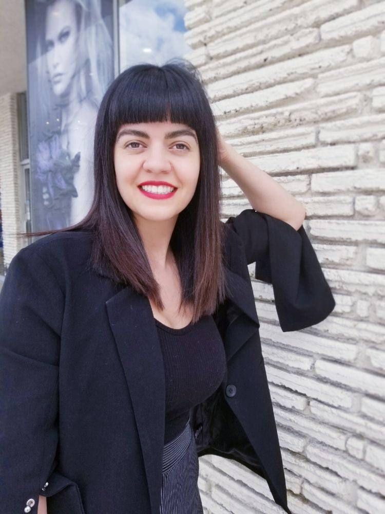 Blunt Edgy Haircut Bangs N Shoulder Length Haircut Yelp