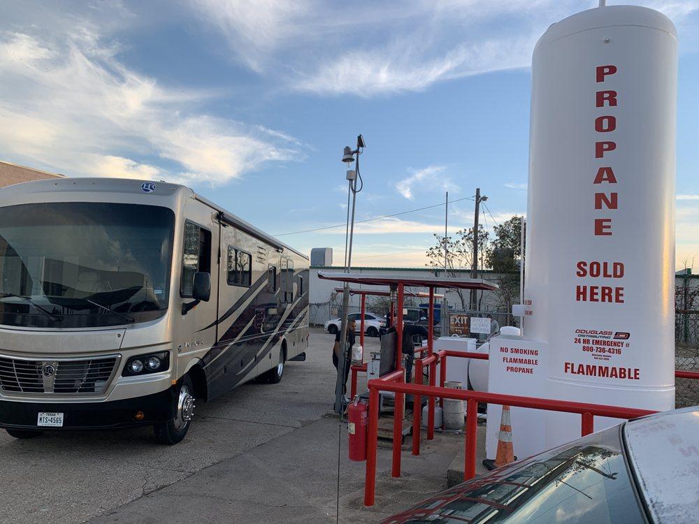 Propane Filling Station: 800 E Parker Rd, Plano, TX