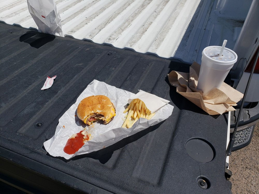 Butch's Drive-In: 2625 Blossom St, DOS Palos, CA